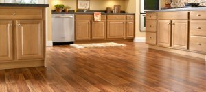 laminate-wood-flooring-in-kitchen